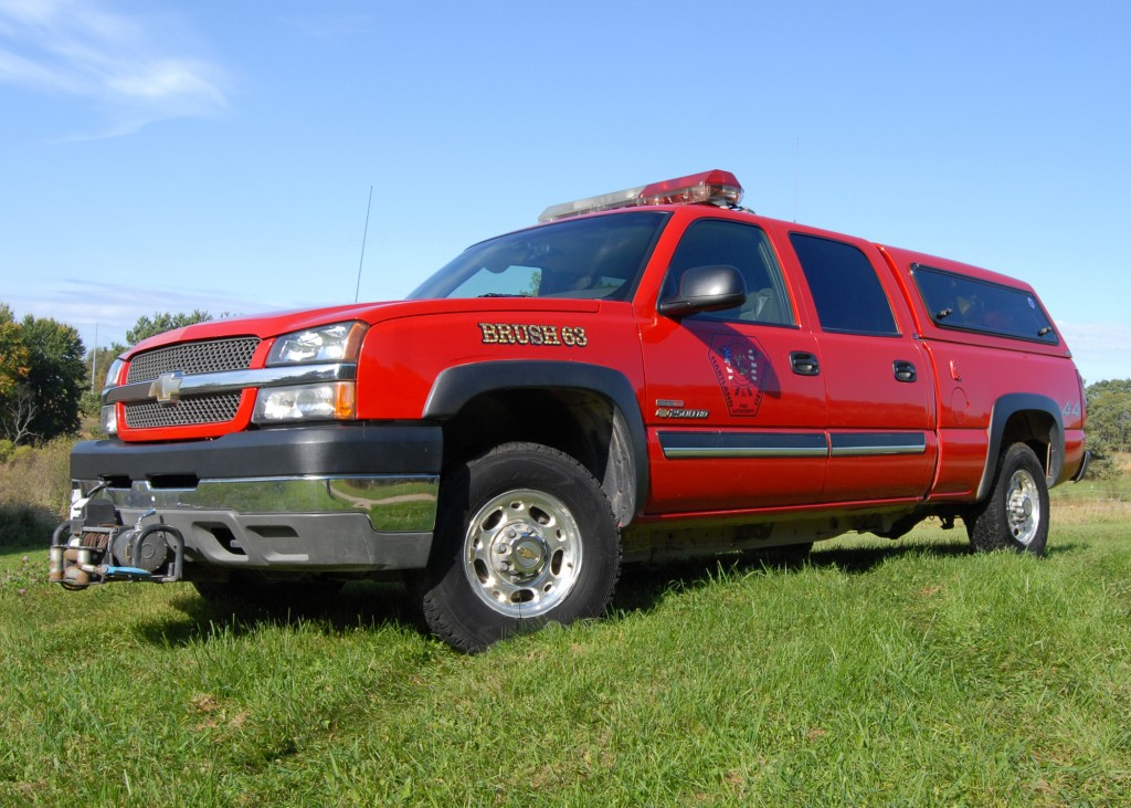 Brush 63 is a 2004 Chevrolet Silverado 2500 HD 4×4 pickup. Brush 63 holds 120 gallons of water with twin electric brush fire pumps. Brush 63 also serves as a medical response vehicle equipped with full medical equipment and Automatic External Defibrillator. This truck also carries a full set of tire ice chains and off road recovery winch.